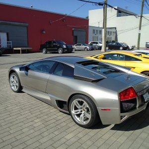 6 speed Grigio Antares LP640 in Vancouver
